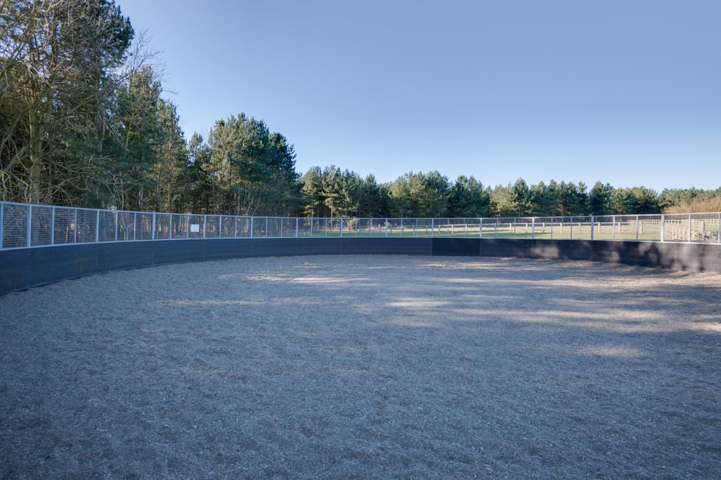 Outdoor Lunging Arena